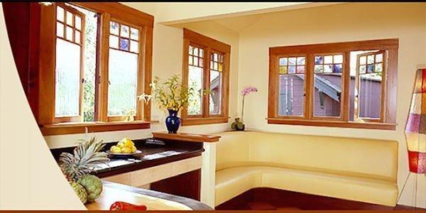 Mẫu cửa sổ 3 cánh đơn giản cho nhà thêm sáng đẹp tự nhiên