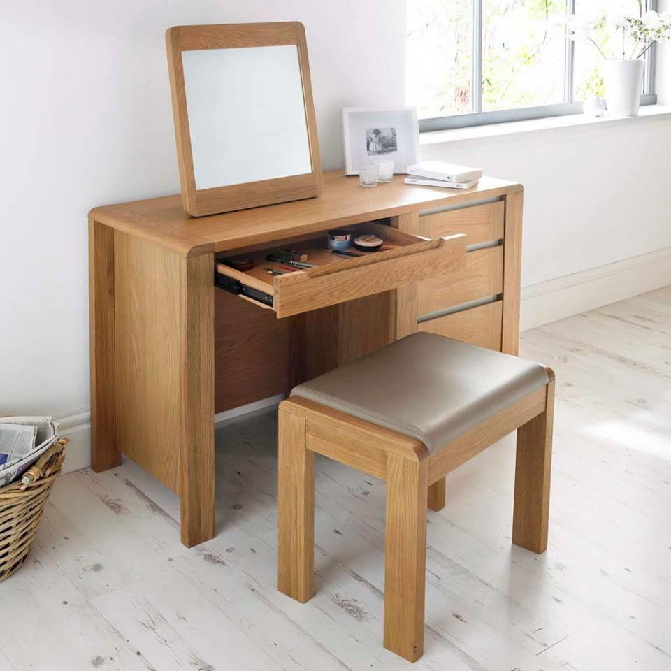 Mẫu bàn trang điểm gỗ sồi xuất khẩu hợp xu hướng hiện đại