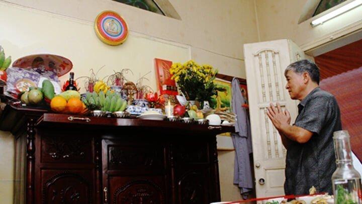 Sắm lễ, thủ tục cúng xin dời bàn thờ sang vị trí khác trong nhà