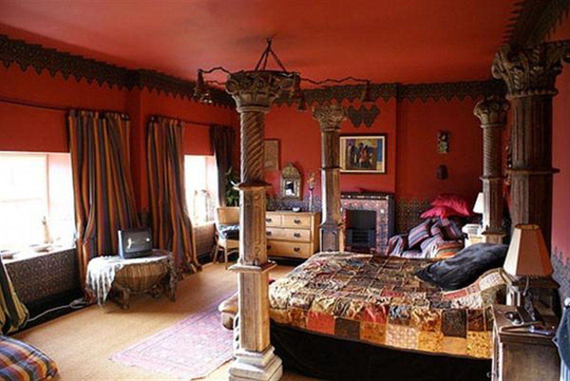 Ứng dụng những màu sắc ấm áp và sinh động như gam màu cam đỏ