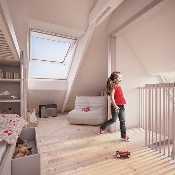 Phòng ngủ thêm độc đáo với cửa sổ mái